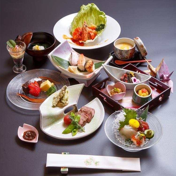 慶事の会席膳「桜」
